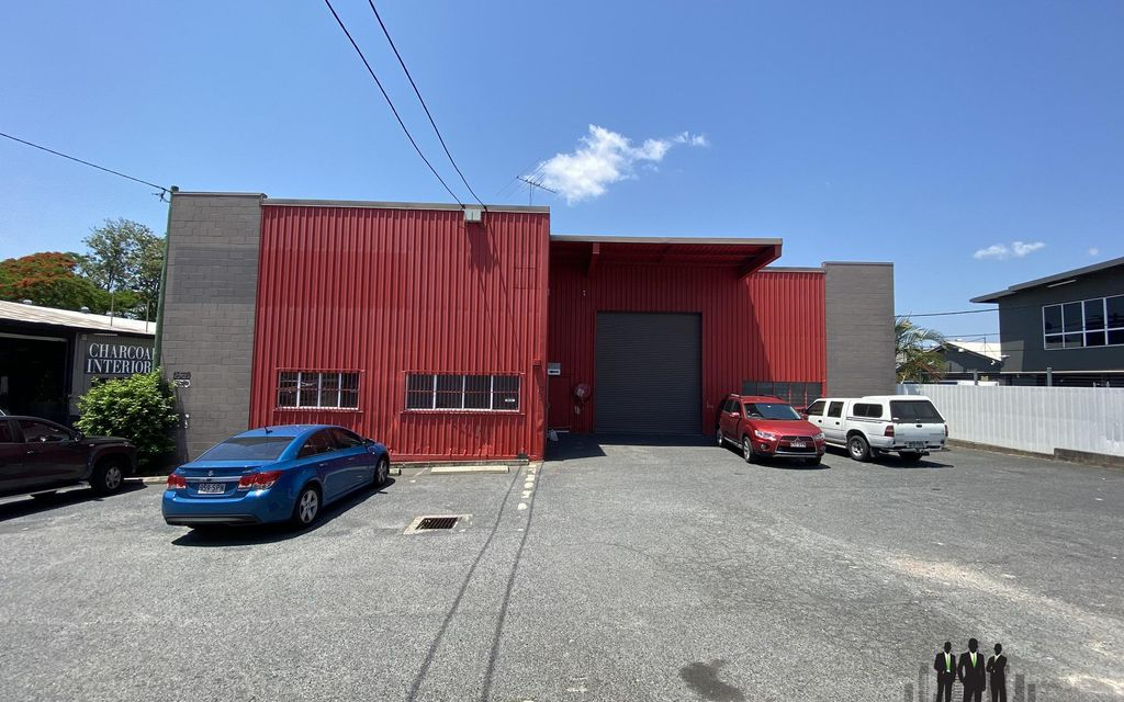 Warehouse/Showroom Space Available Close to CBD