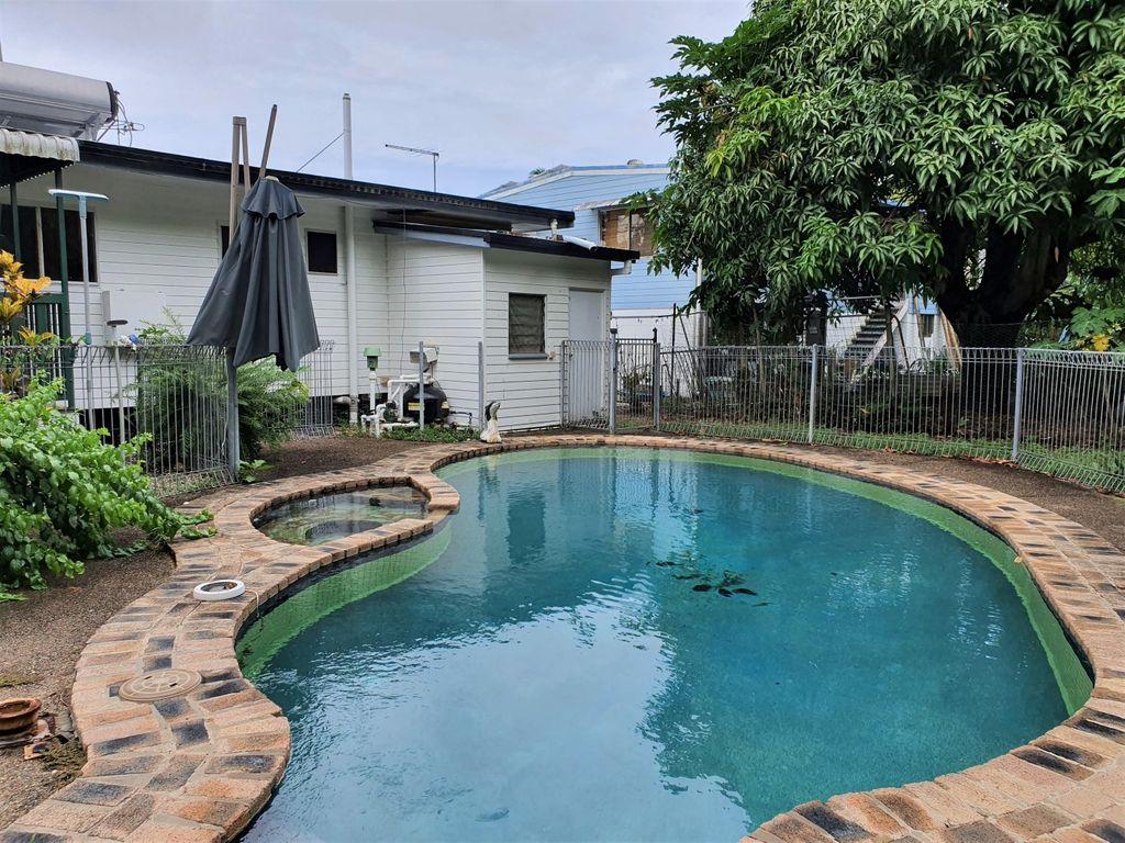 Renovator With a Pool!