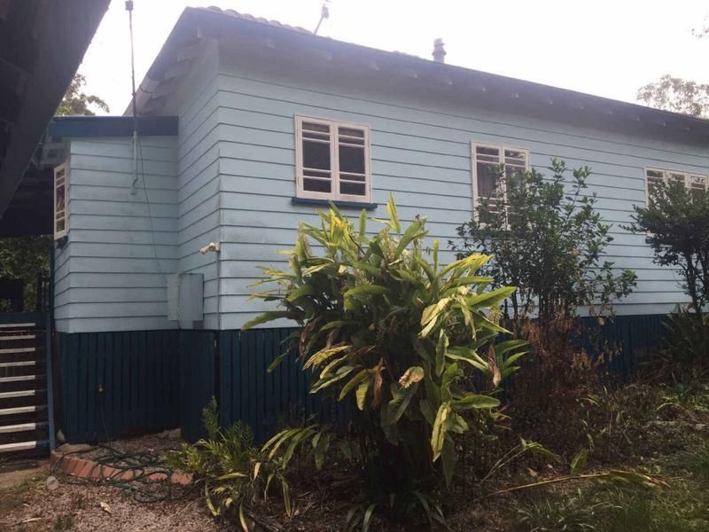 Lovely 3 bedroom cottage with 2 bathrooms.