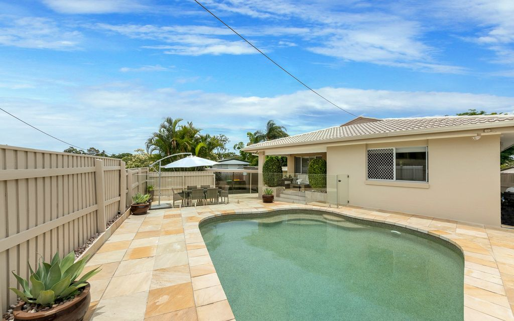 FULLY RENOVATED ENTERTAINER'S DELIGHT IN HIGHLY SOUGHT-AFTER LOCATION