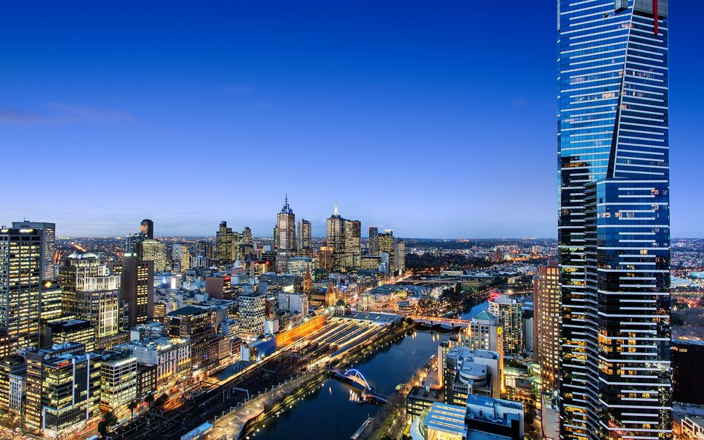 MELBOURNE'S MOST LUXURIOUS APARTMENT WITH STUNNING CITY & RIVERFRONT VIEW! (OFF the market sale, Another Wanted)