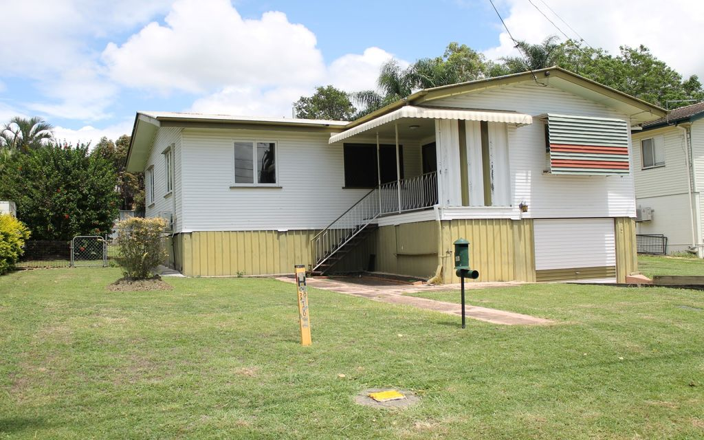 3 BEDROOM HOME – GREAT CENTRAL LOCATION AND CLOSE TO RACEVIEW SHOPPING CENTRE