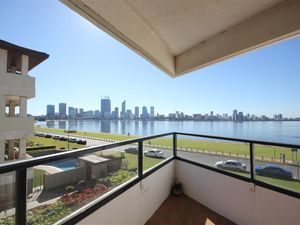 353082 Bedrooms Apartment in Foreshore Location!