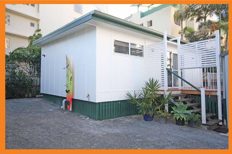NEW, MODERN, PRIVATE, ONE STREET FROM PUMICESTONE PASSAGE – INCLUDES ELECTRICITY AND WATER!