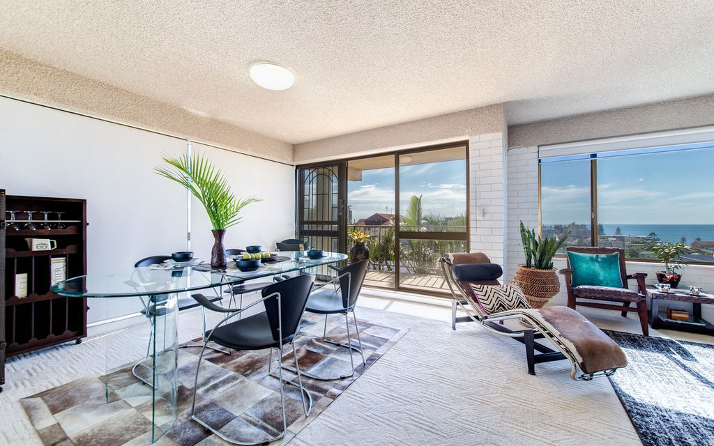 Affordable Beachside Investment With Views And Private Courtyard
