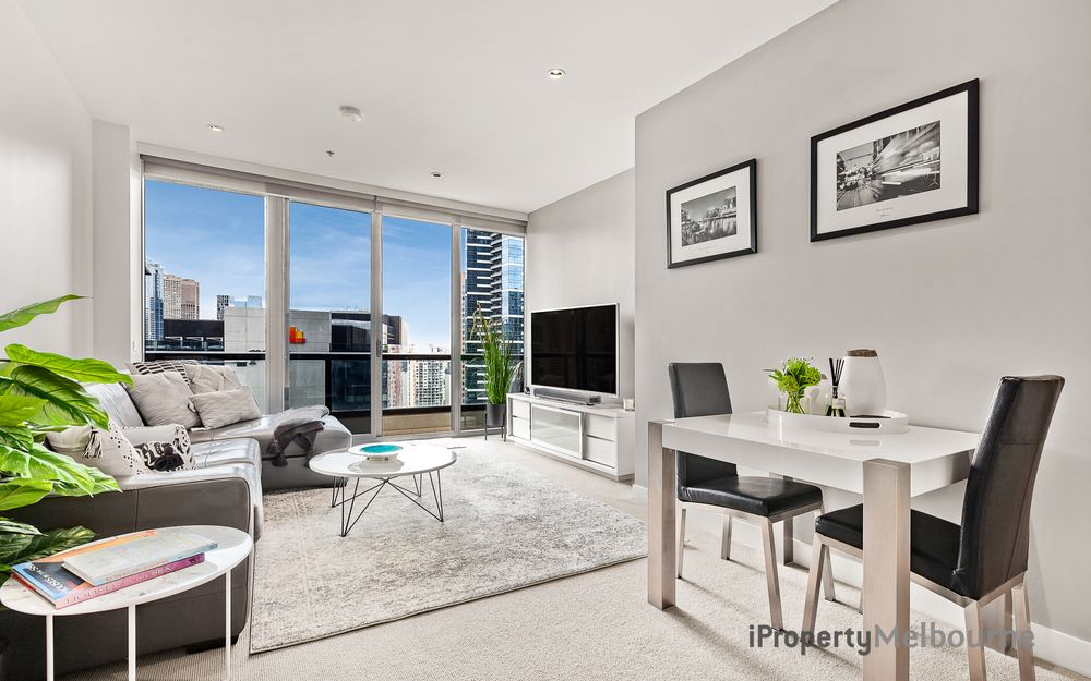 Lifestyle, Convenience and City Views in Freshwater Place