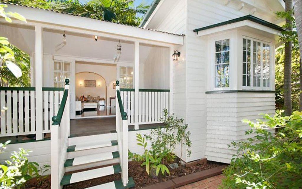 Fully Furnished Quirky Queenslander