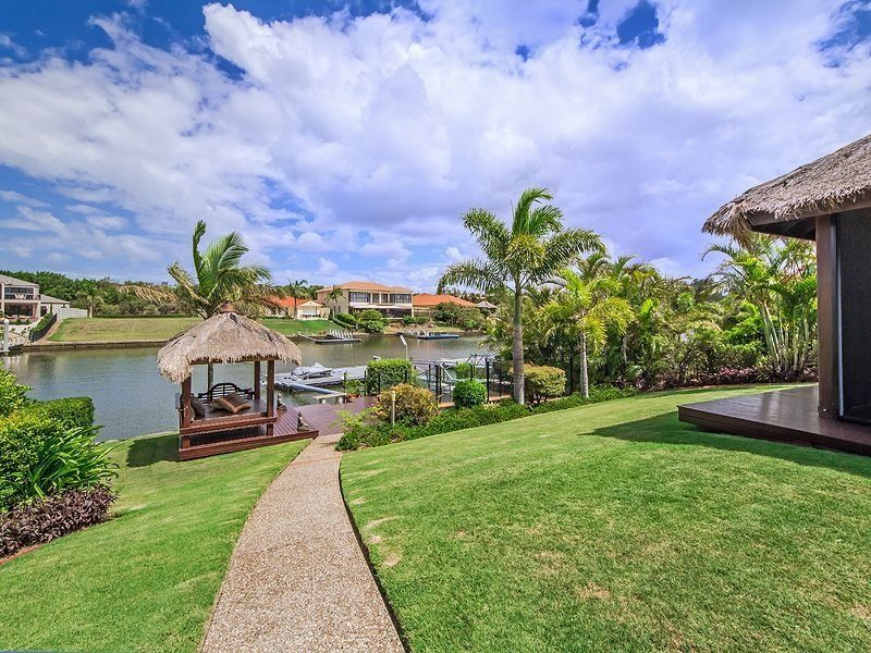 IMMACULATELY PRESENTED HOME IN GRACEMERE