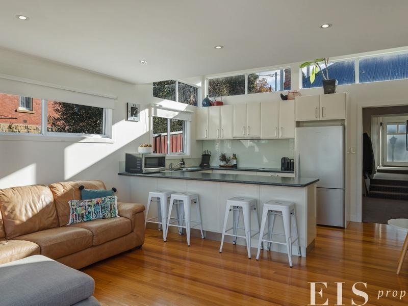 Luxury West Hobart Home