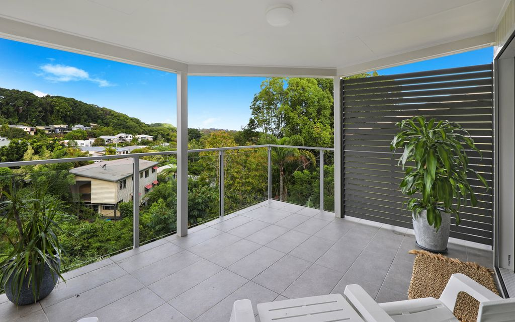 Stylish & Tranquil Living In The Heart Of Buderim