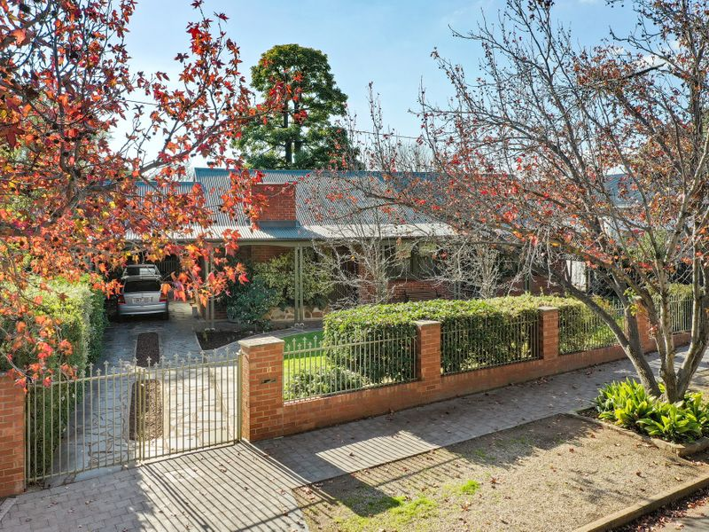 FAMILY HOME IN A SOUGHT AFTER LOCATION