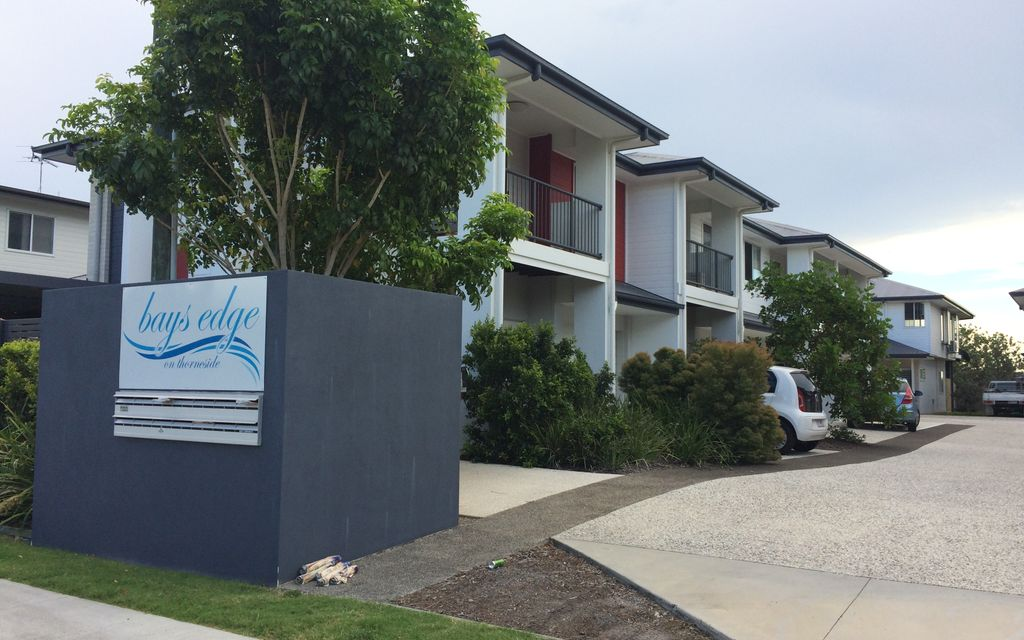 WATER VIEWS   Ideal for dual living.  Available 5/2/21  Please email agent for an inspection trish@redlandsrealty.com.au