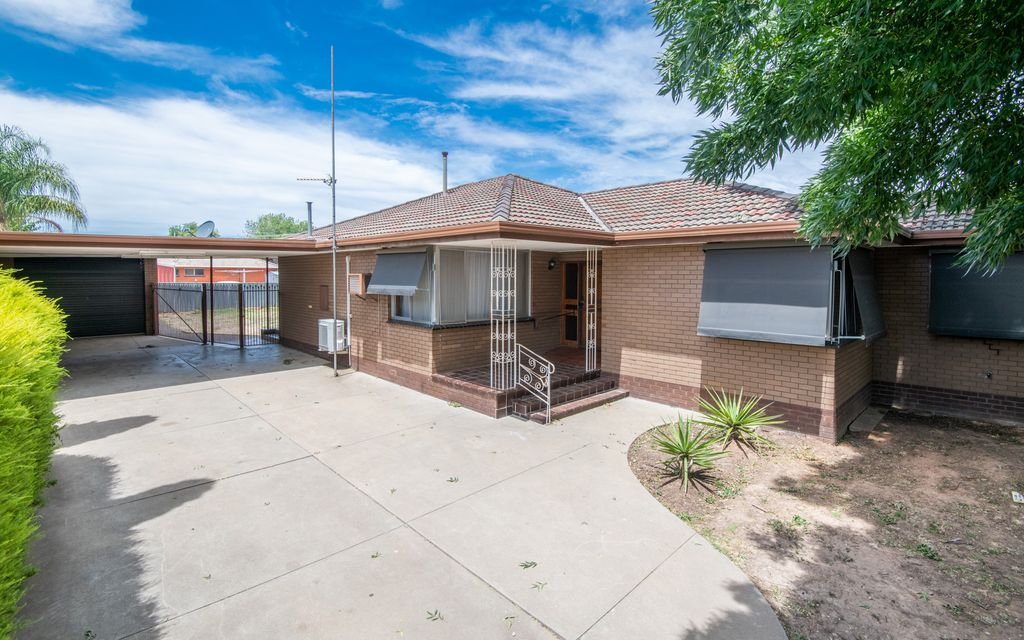 Walking distance to Guthrie St Primary School & Broken River!