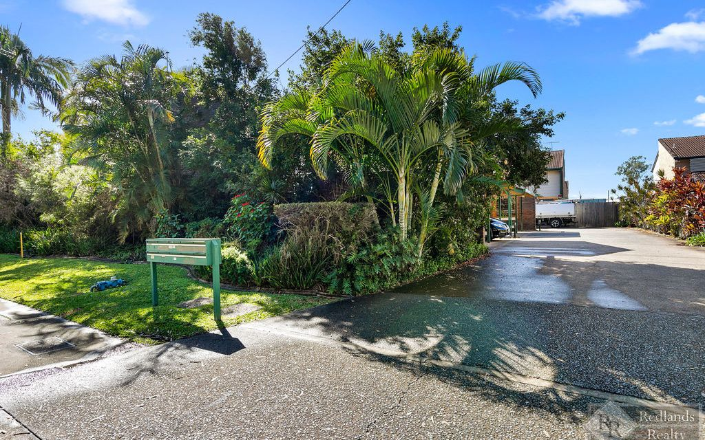 FIRST HOME BUYER, INVESTOR or DOWNSIZER'S CHECK THIS PROPERTY OUT!