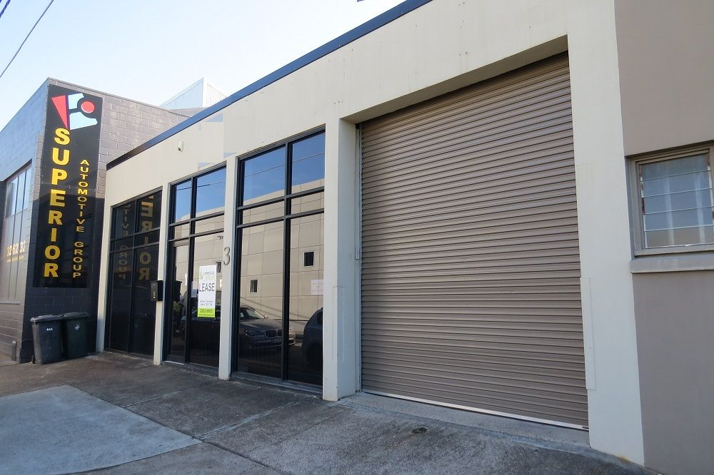 Great space all on one level, Office, Storage & Parking