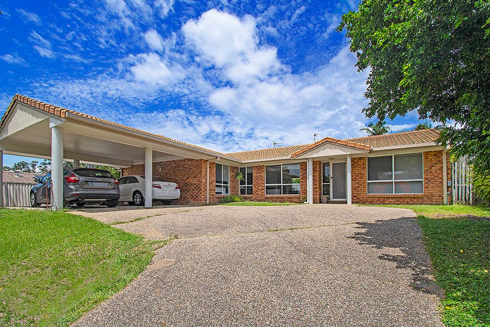 Beautiful Elevated Residence, Perfect Investment Opportunity