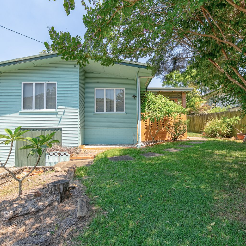 Romea Street – Potential and Location!