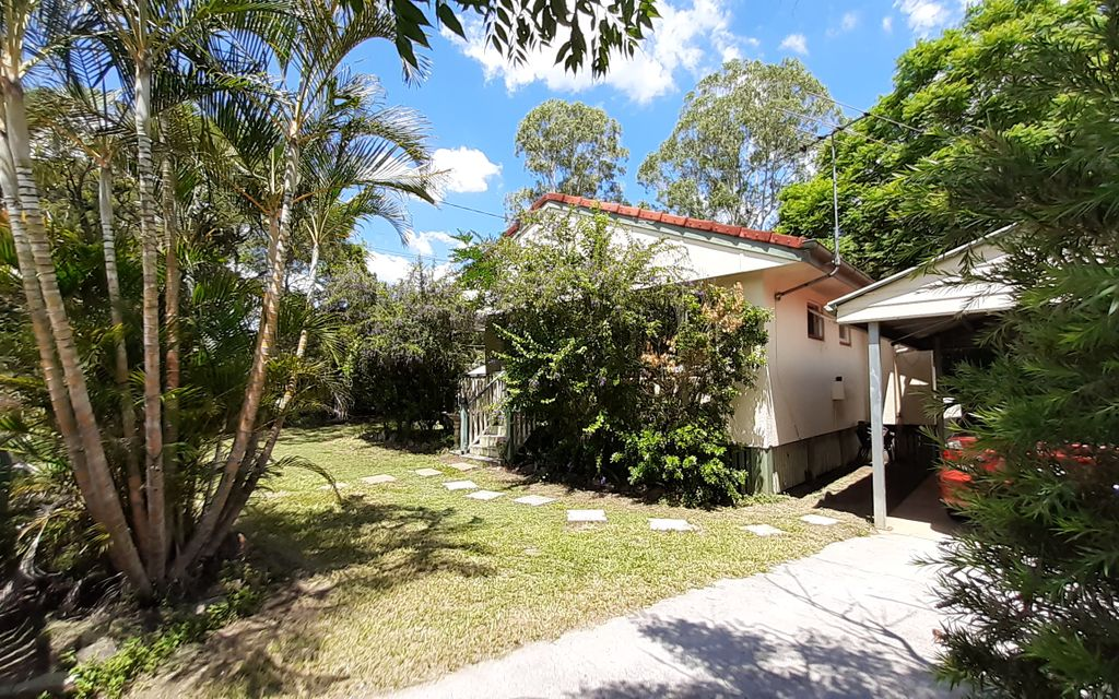 PERFECT RENOVATOR – GREAT INVESTMENT!
