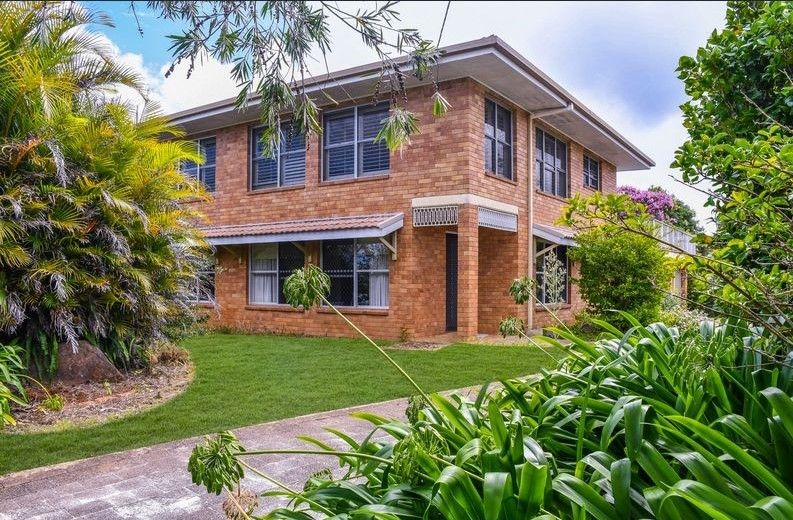 Furnished two bedroom duplex in the heart of Buderim