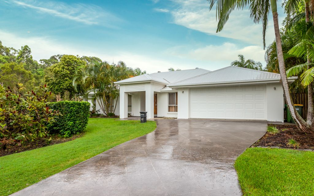LOCATED IN GATED ESTATE IN COOMERA WATERS – FANTASTIC FACILITIES INCLUDING A GYM AND POOL