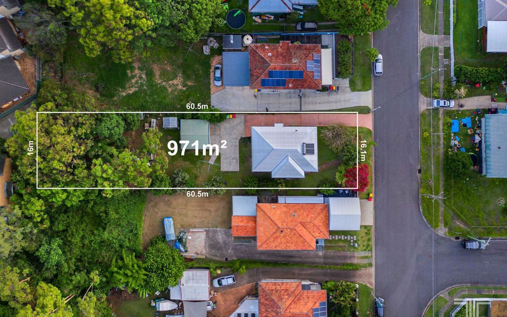 Prime Location with Potential on 971m2