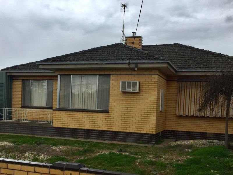 3 BEDROOM HOME, CENTRAL SHEPPARTON