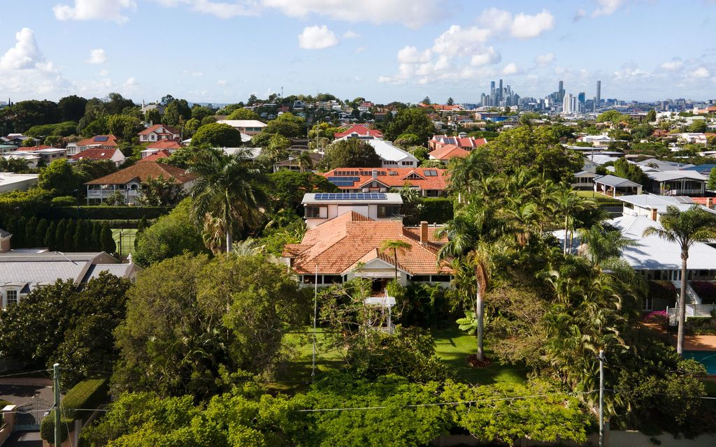 Graceful Grandeur: Your Secluded 1,778m2 Clayfield Sanctuary Awaits