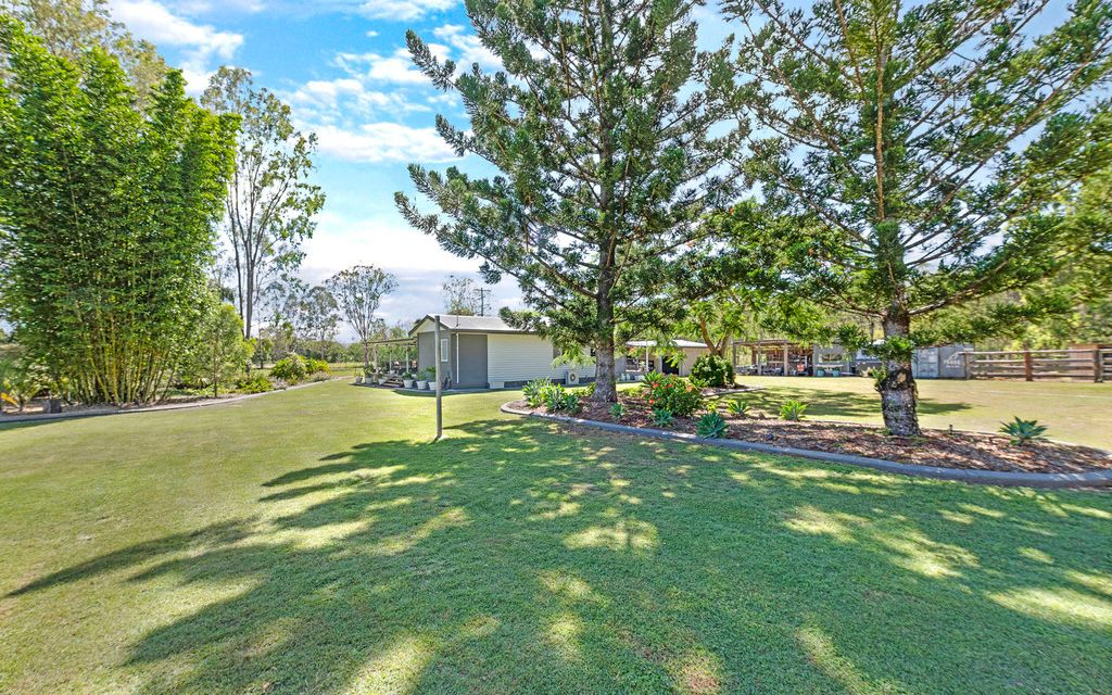 Fully Renovated Country Delight!