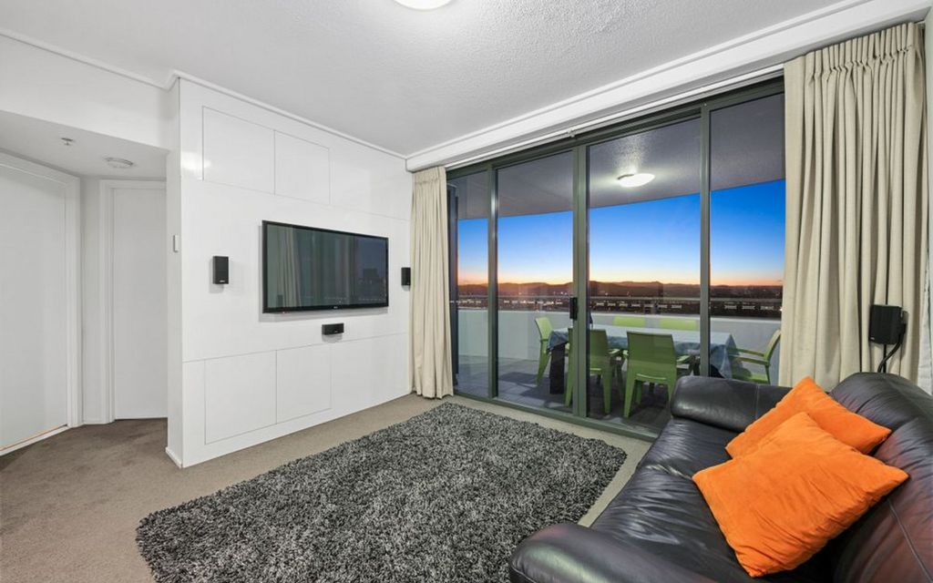Vacant High Floor Opportunity with Views