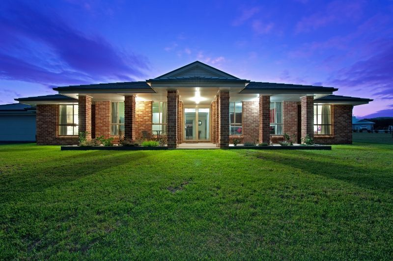 Executive living on boutique acreage in a desirable location