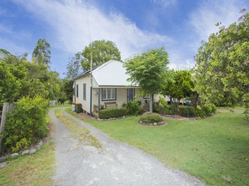 Delightful cottage living in a peaceful garden aspect