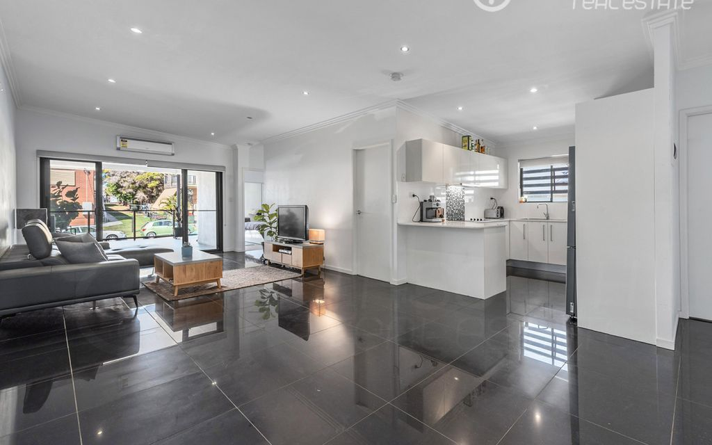 Stunning Modern Apartment in a Fantastic Location