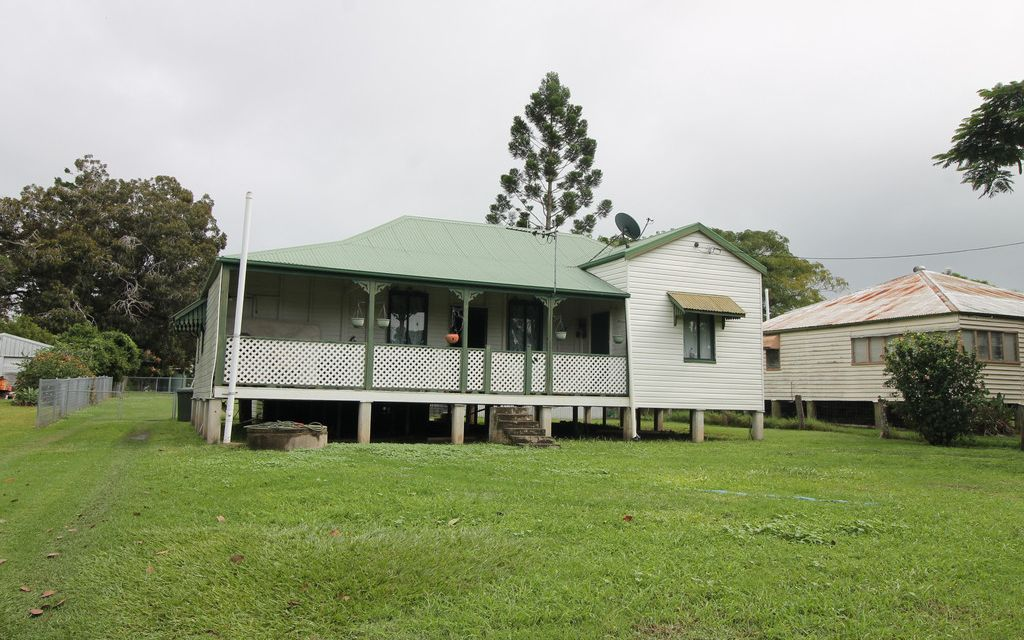 RETIRE-INVEST-WALK TO COUNTRY SCHOOL O/A$159,000