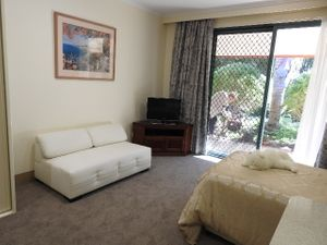FULLY SERVICED APARTMENT AT OASIS GARDEN VILLAGE