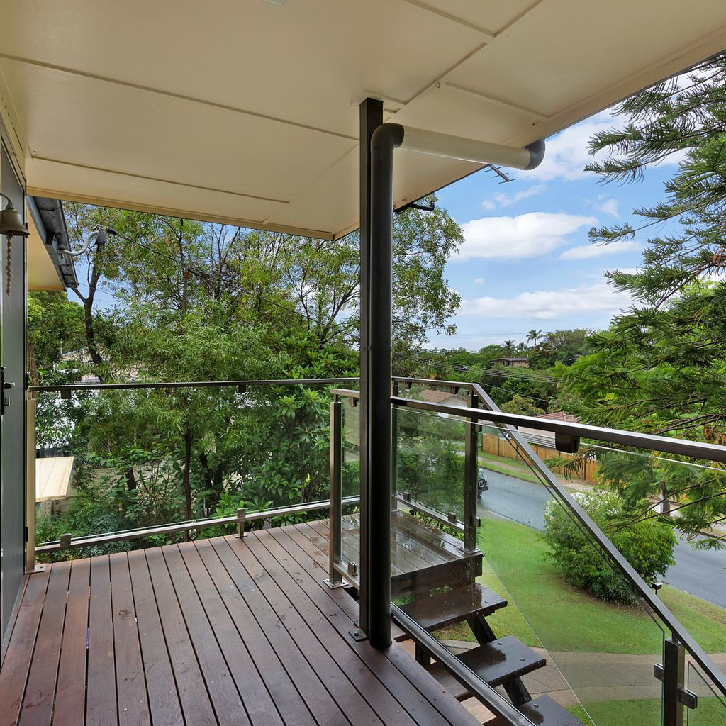 A home set high in the treetops!