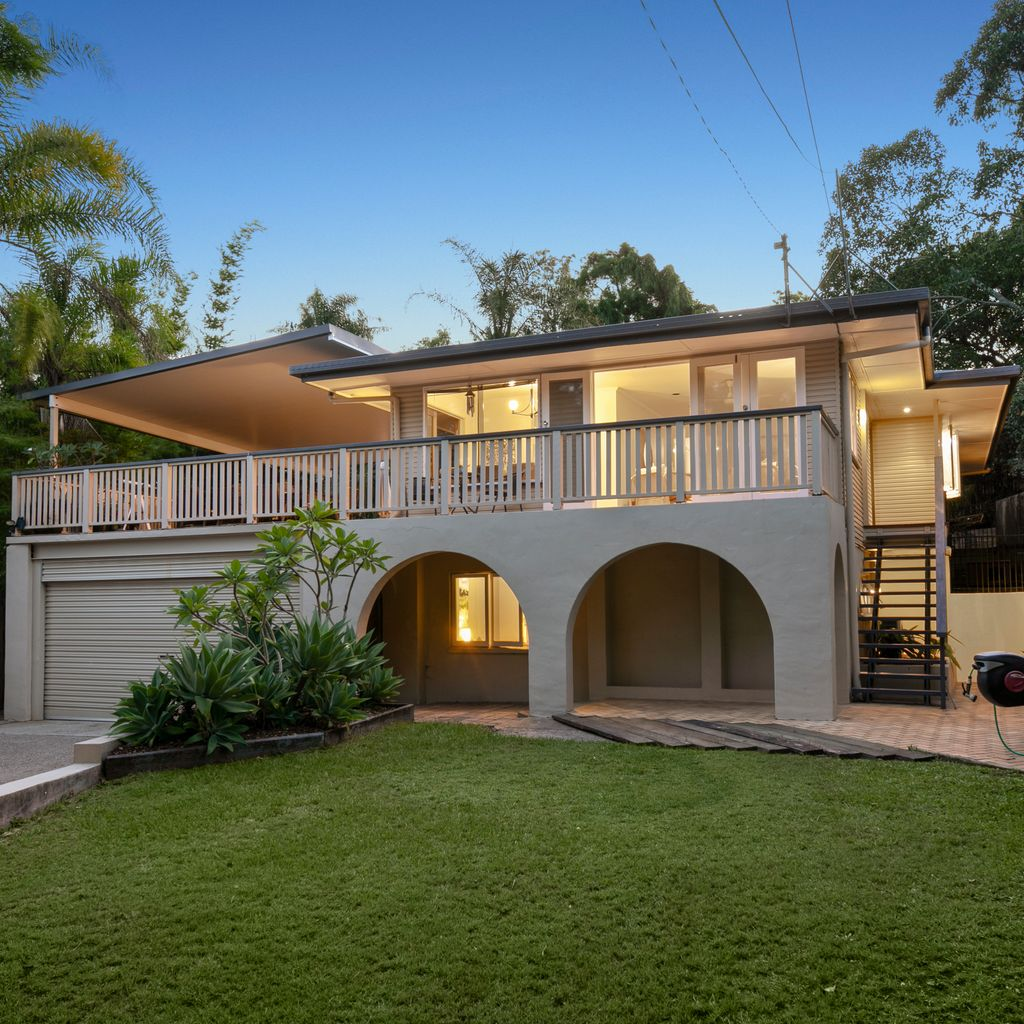 Inviting family home – 865sqm