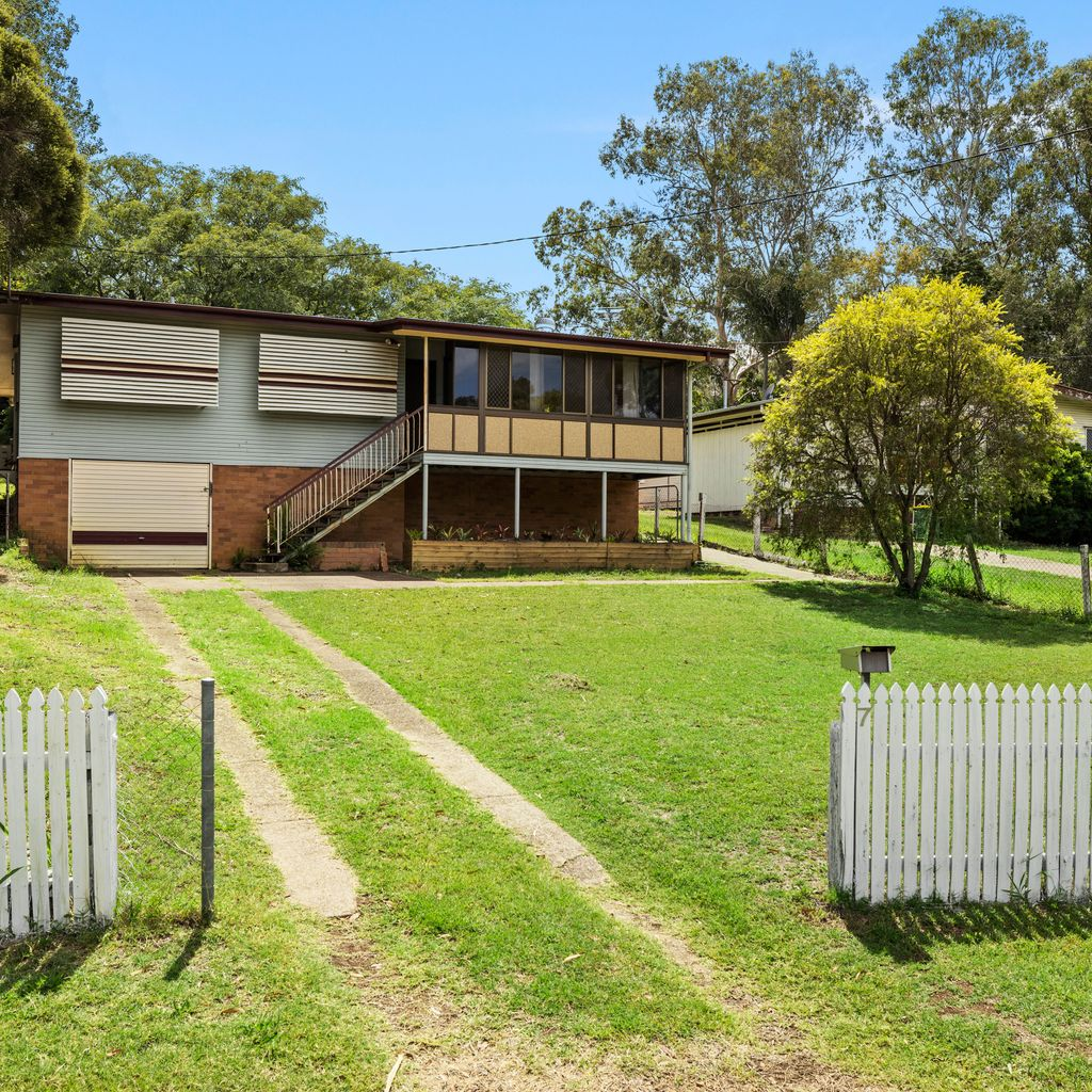 Cracking Kay Street Auction Opportunity!! Will This Be The Best Buy in North Ipswich in 2021??