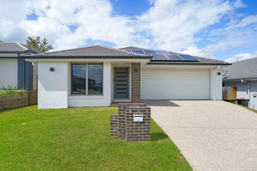 Near New 4 Bed Room With 3 Bath Rooms + Study Family Home Ready To Go !