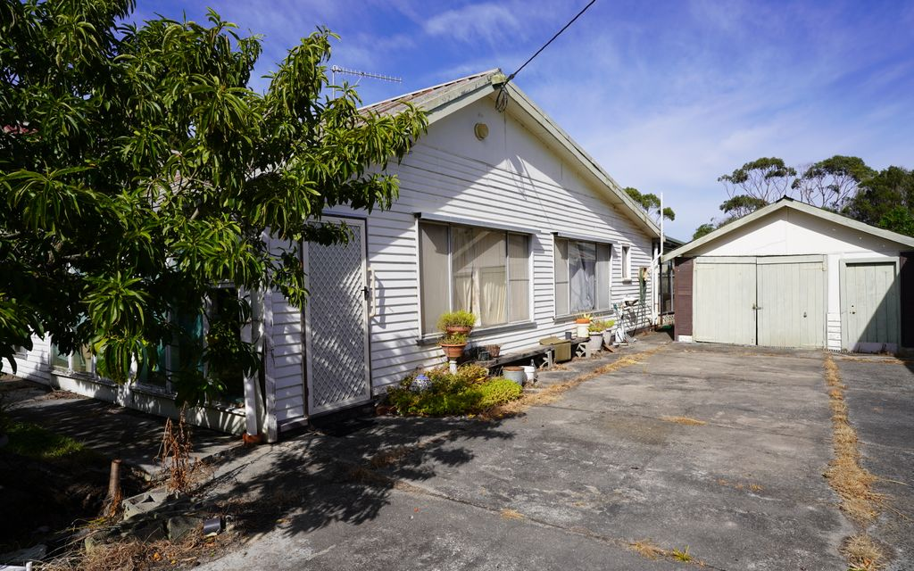 Large Double Block in a Peaceful Location
