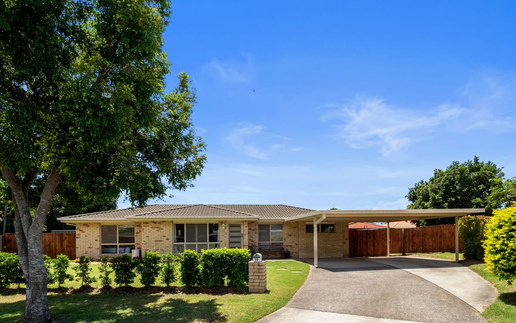 PERFECT FIRST FAMILY HOME OR GREAT FOR THE DOWNSIZER AND INVESTOR