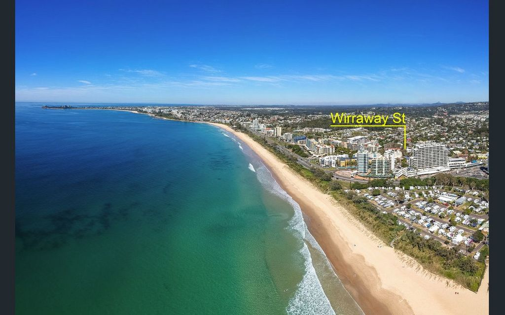 CHEAP!  Perfect Beach Pad in Alex Heads. Sellers Motivated To Meet the Market & Move On.