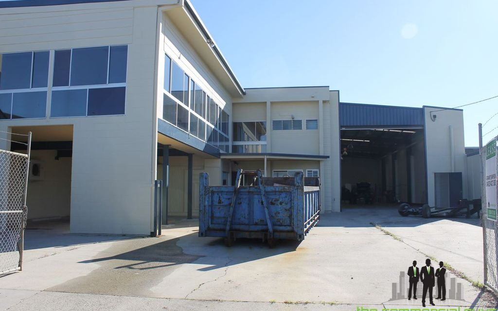 Fantastic Freestanding Industrial Warehouse Opportunity