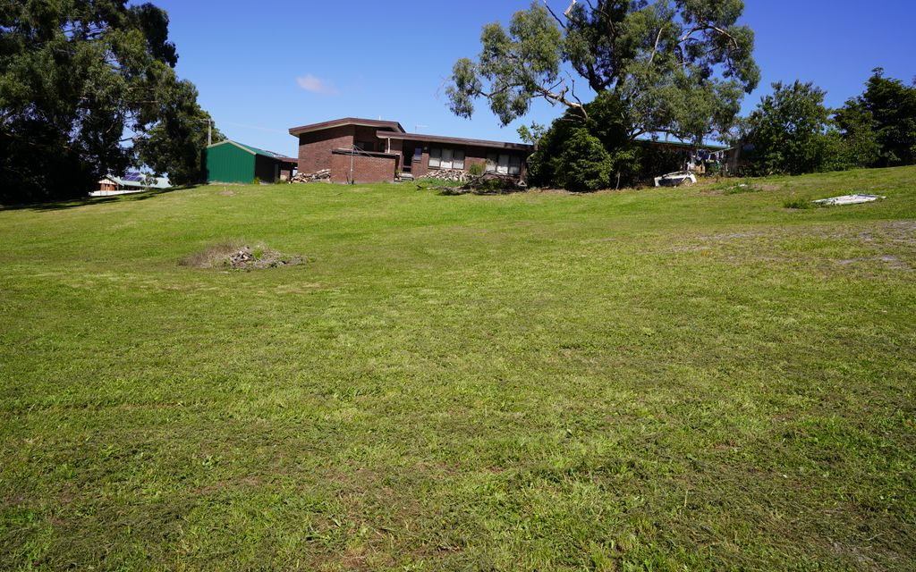 Vacant Land 887m2
