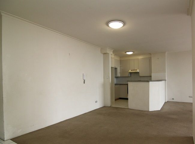 Spacious 2-bedroom apartment, ultimate convenience