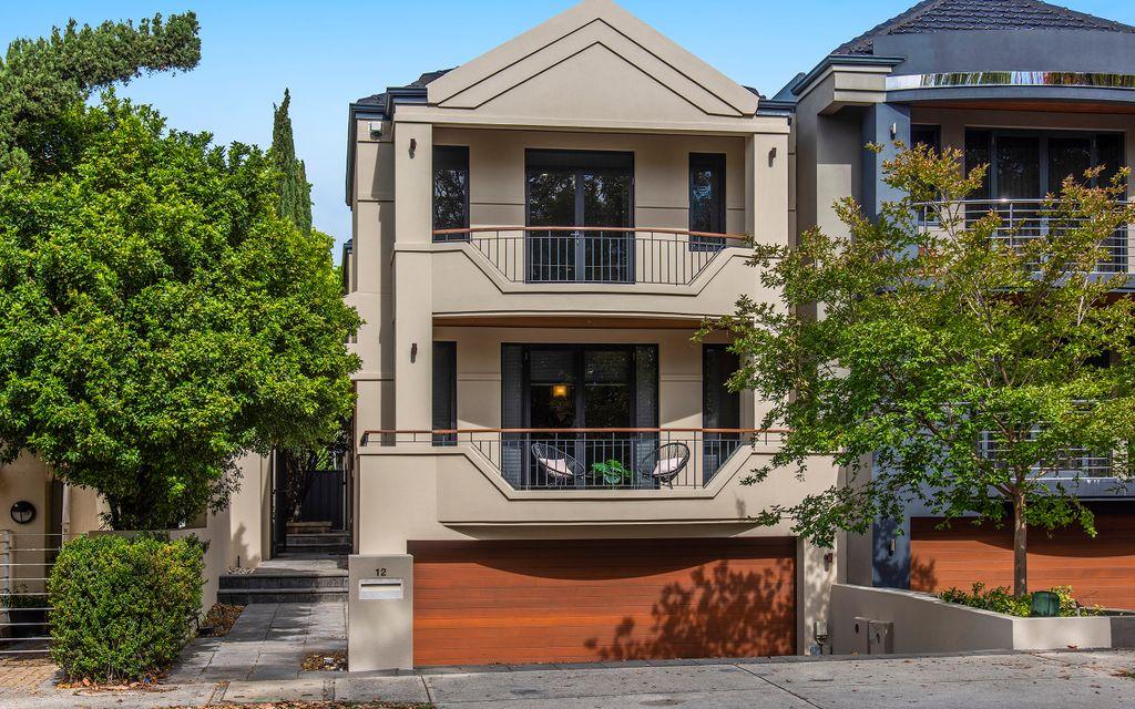 South Perth Dress Circle… City Glimpses