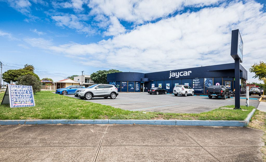 Superb Leased Investment on High Exposure Site