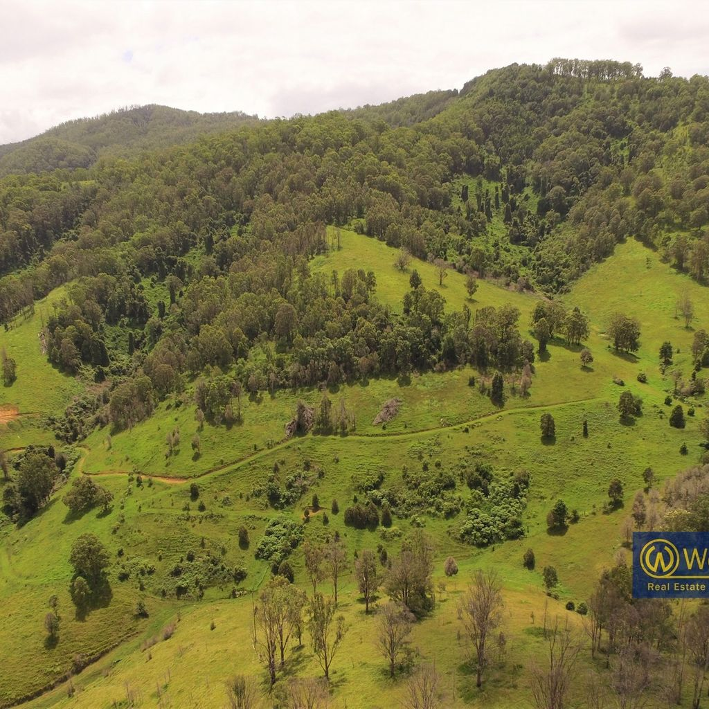 208 acres Close to Town