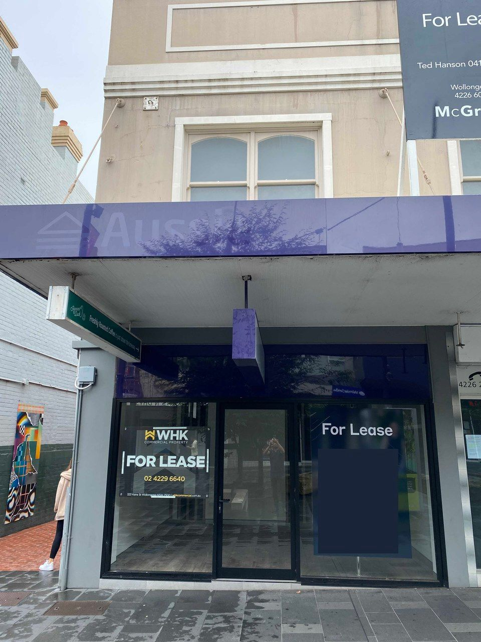 Newly renovated ground floor office /consulting rooms on Crown Street, Wollongong.