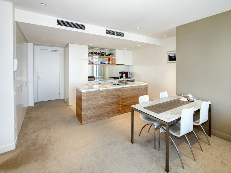 Truely Amazing Luxury 2 Bedrooms Apartment in Freshwater Place