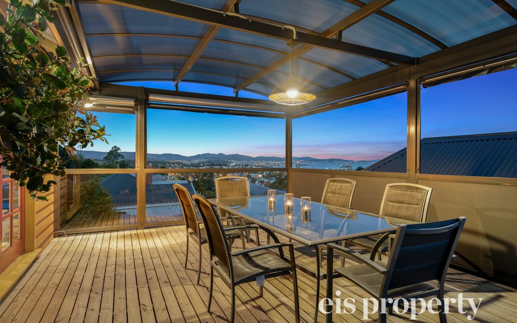 Beautiful West Hobart Home With Stunning Views